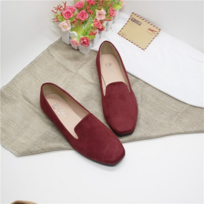 Women Plus Size Retro Square Head Suede Flat Shoes